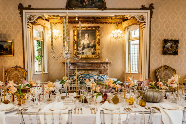 An elegant table setting fit for royalty